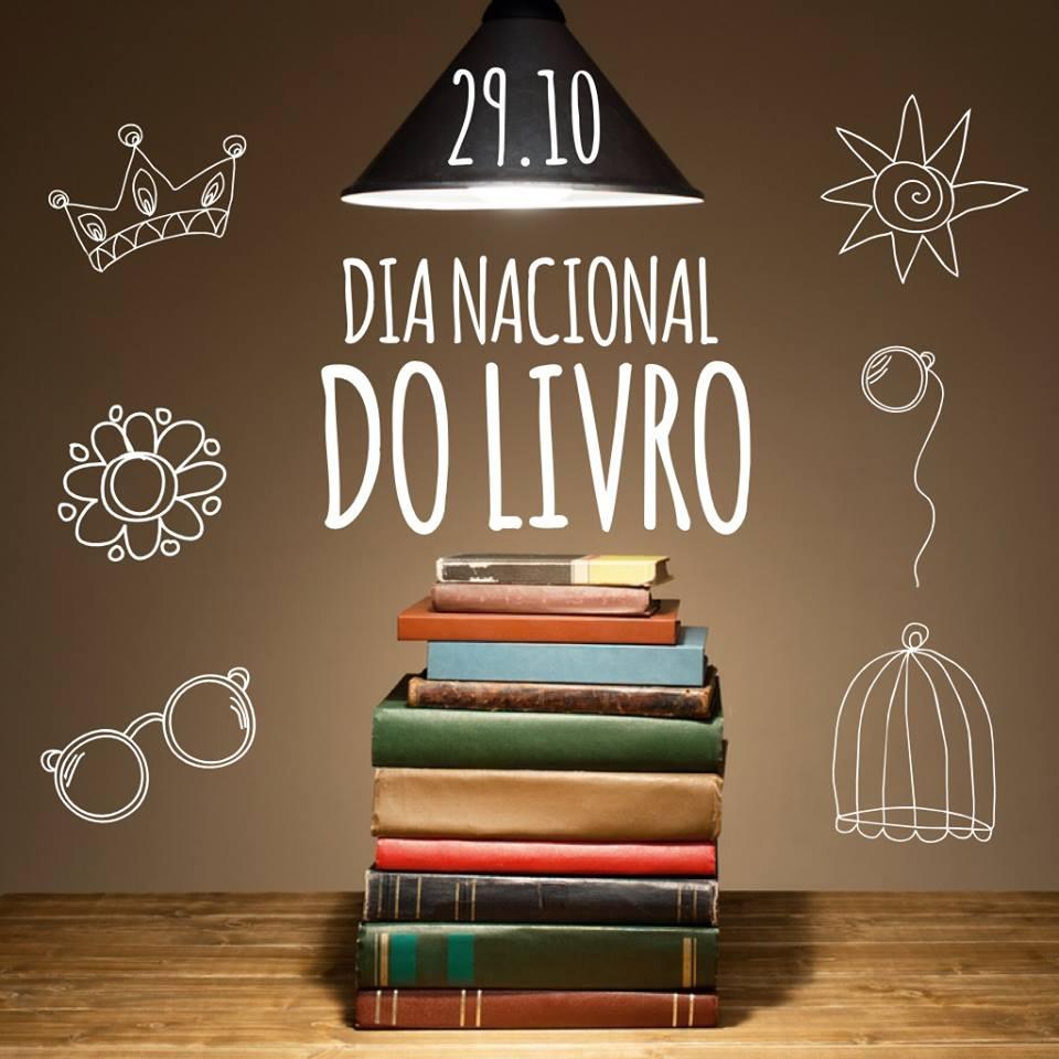 Dia Nacional do Livro no Comenta Livros