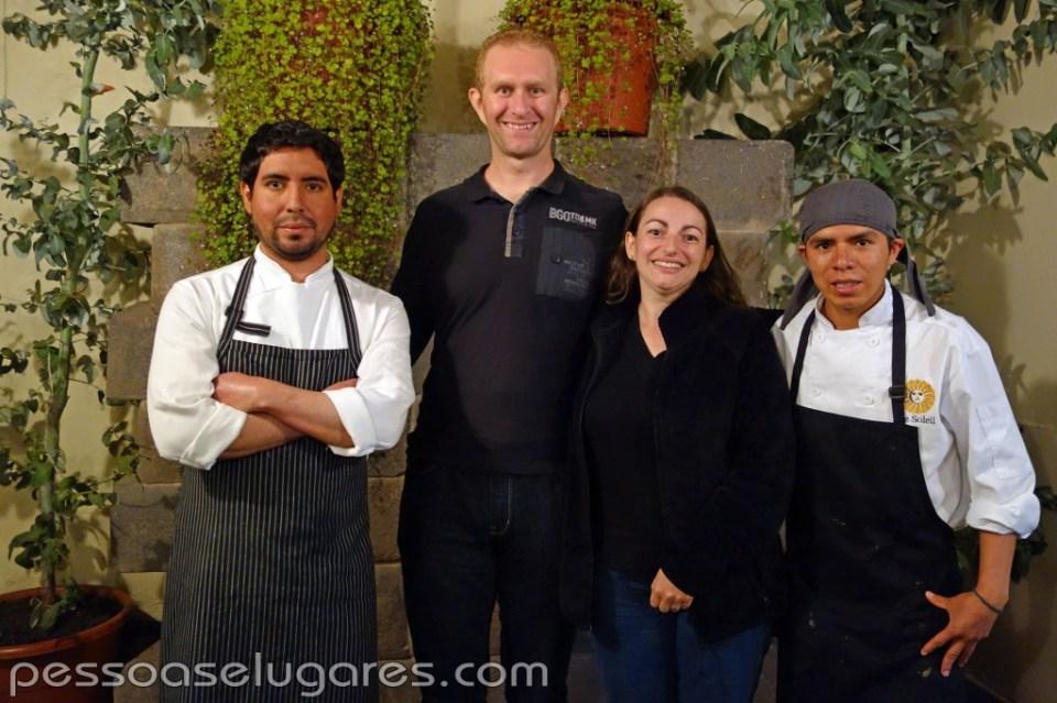 Da esquerda para direita: Chef Cristian Ramirez, eu (Fábio), minha esposa (Fabiana) e o Chef Kevin Huaman
