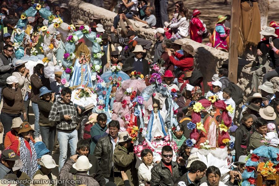 procissao-virgen-de-la-asuncion-casabindo-argentina-comerdormirviajar-com-23