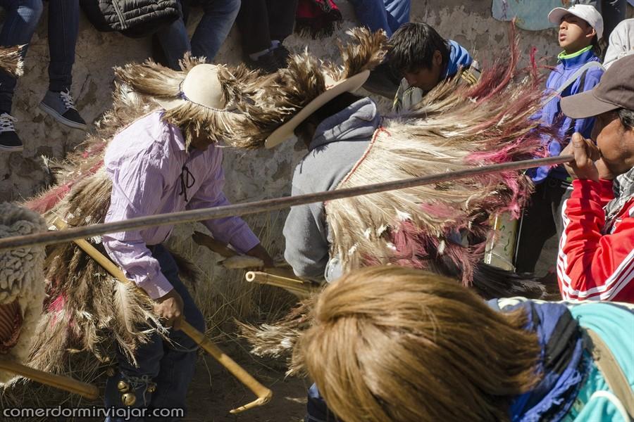 procissao-virgen-de-la-asuncion-casabindo-argentina-comerdormirviajar-com-40