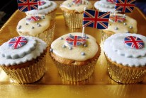 Diamond Jubilee cupcakes that I made for my neighbours to celebrate this momentous event.