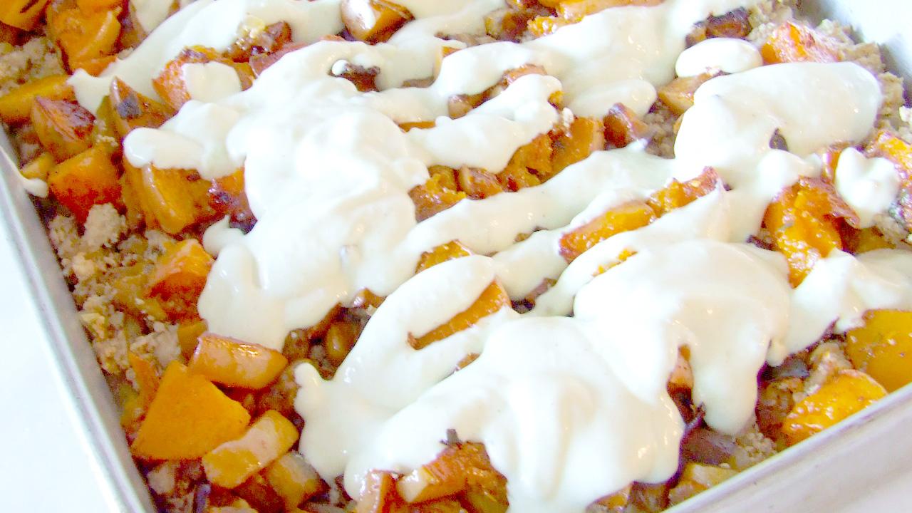 Assado de Tofu Escondido – com pirão (polenta) e legumes