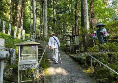 shikoku-temple-getty