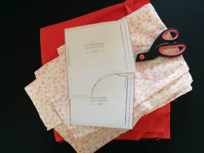 Materialer og mønster til baby bloomers