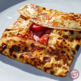 A super easy, traditional French crepe recipe.