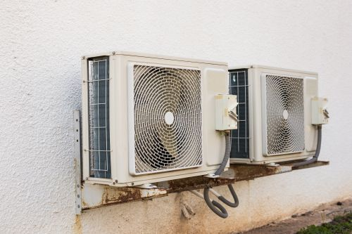 https://i1.wp.com/comfortmakerelite.com/wp-content/uploads/2017/07/Air-Conditioning-Compressor.jpg?w=891&ssl=1