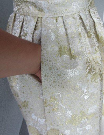 skirt-brocade-pocket