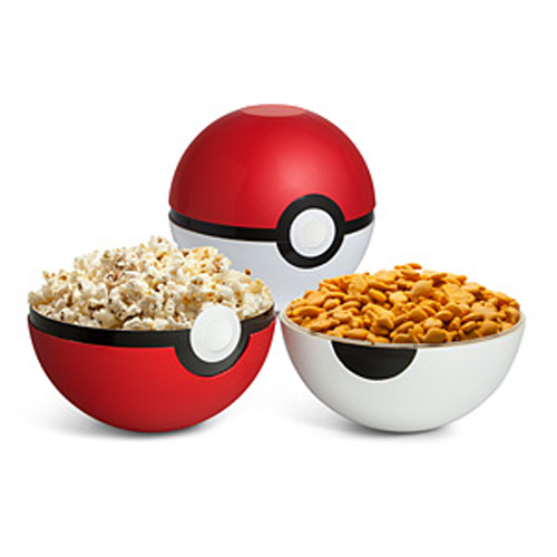 poke-ball-serving-bowl-set-thinkgeek.jpg