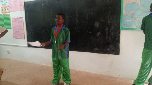 A member of the Speech Chorale giving a report