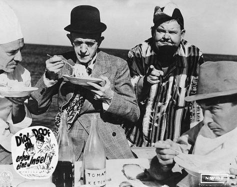 Laurel & Hardy auf dem Atoll