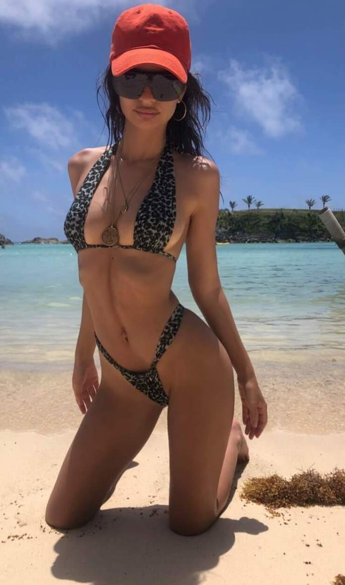 57 Emily Ratajkowski Sexy Pictures Prove She Is A Godden From Heaven
