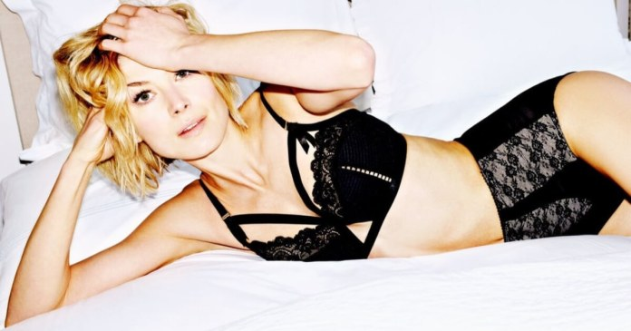 57 Rosamund Pike Sexy Pictures Prove She Is A Godden From Heaven