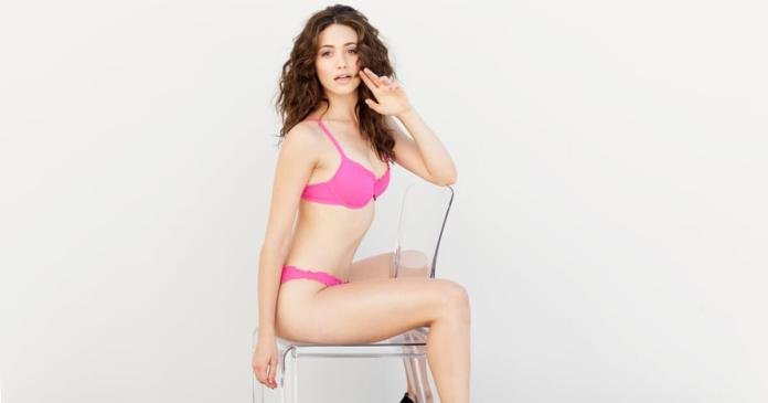 63 Emmy Rossum Sexy Pictures Will Make You Fall In Love With Her
