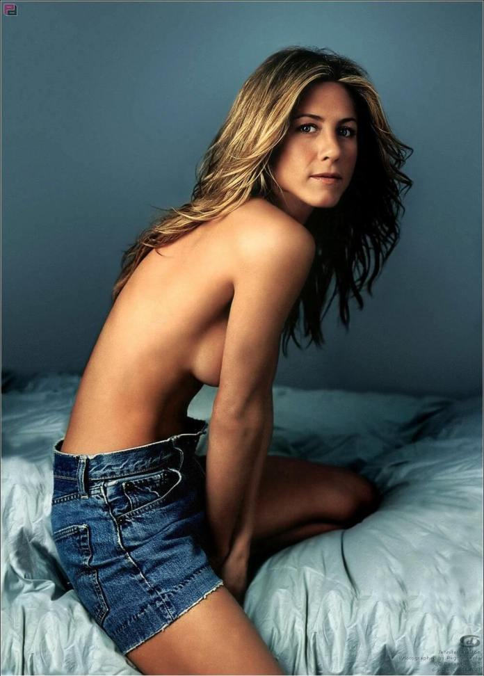 63 Jennifer Aniston Sexy Pictures Will Make You Fall In Love With Her