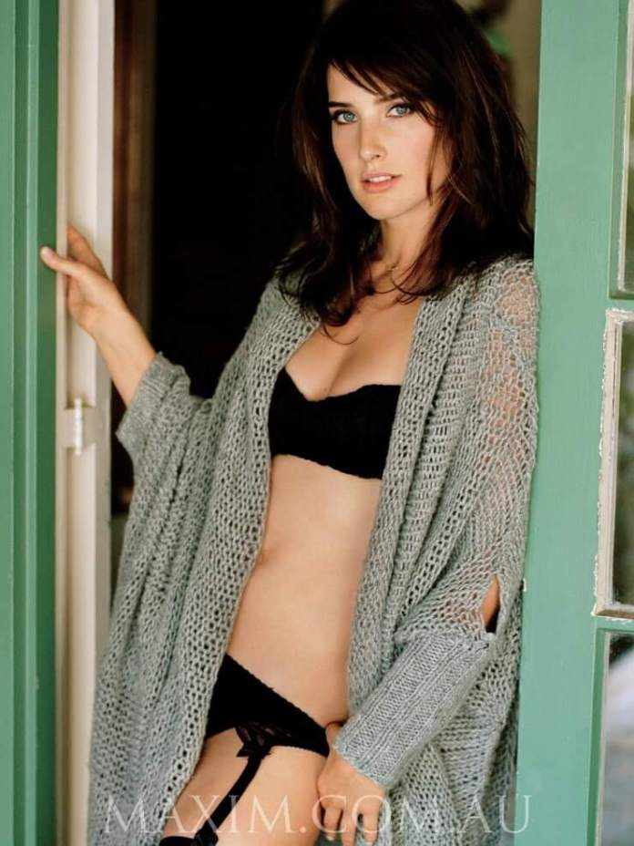 cobie smulders bikini