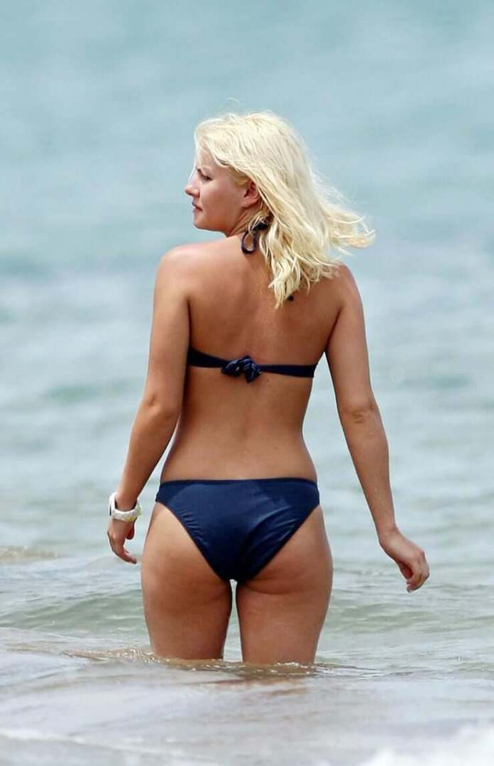 elisha cuthbert butt