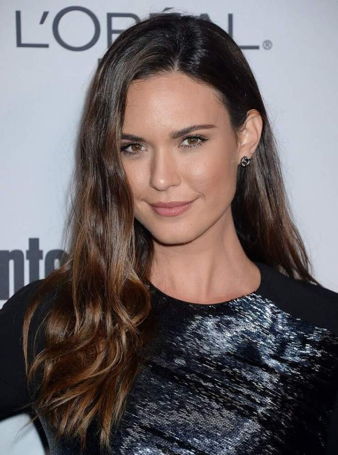 63 Odette Annable Sexy Pictures Will Hypnotise You With Her Beauty | CBG