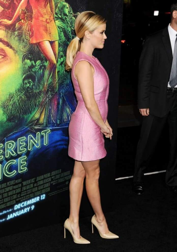 reese witherspoon butt