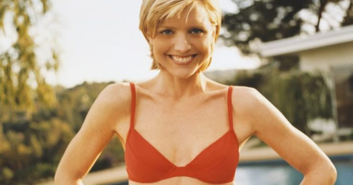 56 Courtney Thorne Smith Sexy Pictures Prove That She Is An Angel