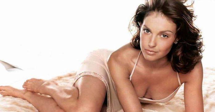 61 Ashley Judd Sexy Pictures Prove Her Beauty Is Matchless