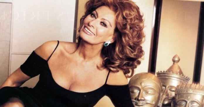 62 Sophia Loren Sexy Pictures Are Filled Hotness