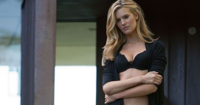 63 Maggie Grace Sexy Pictures Will Drive You Nuts For Her