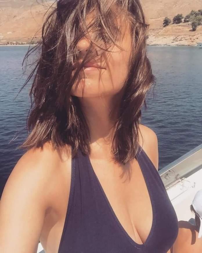 hayley atwell bikini