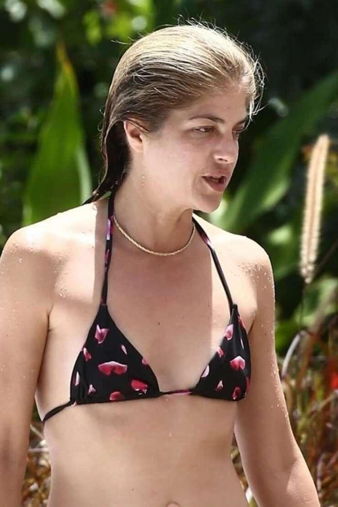selma blair bikini