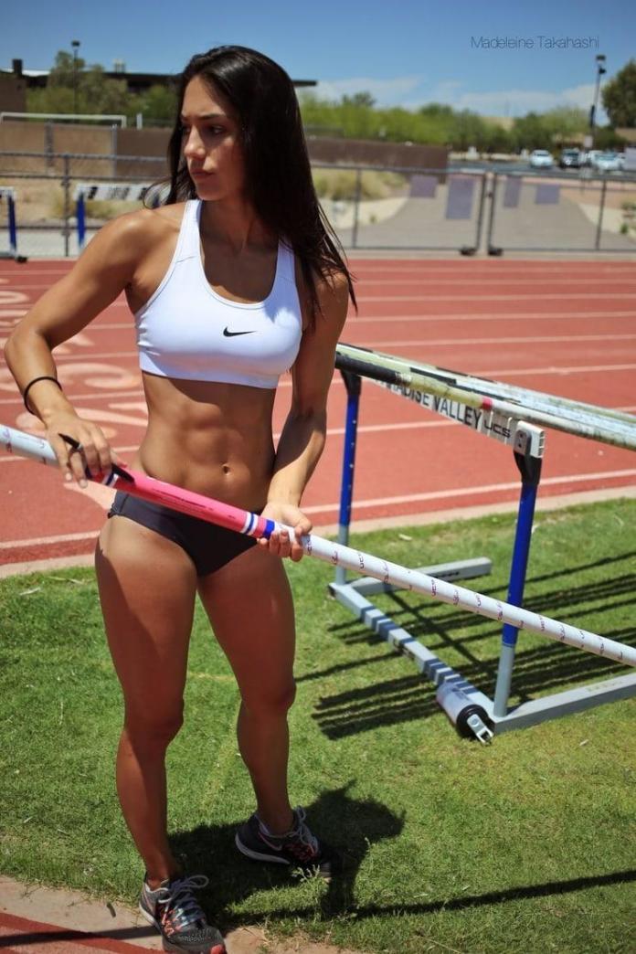 Allison Stokke sexy pics