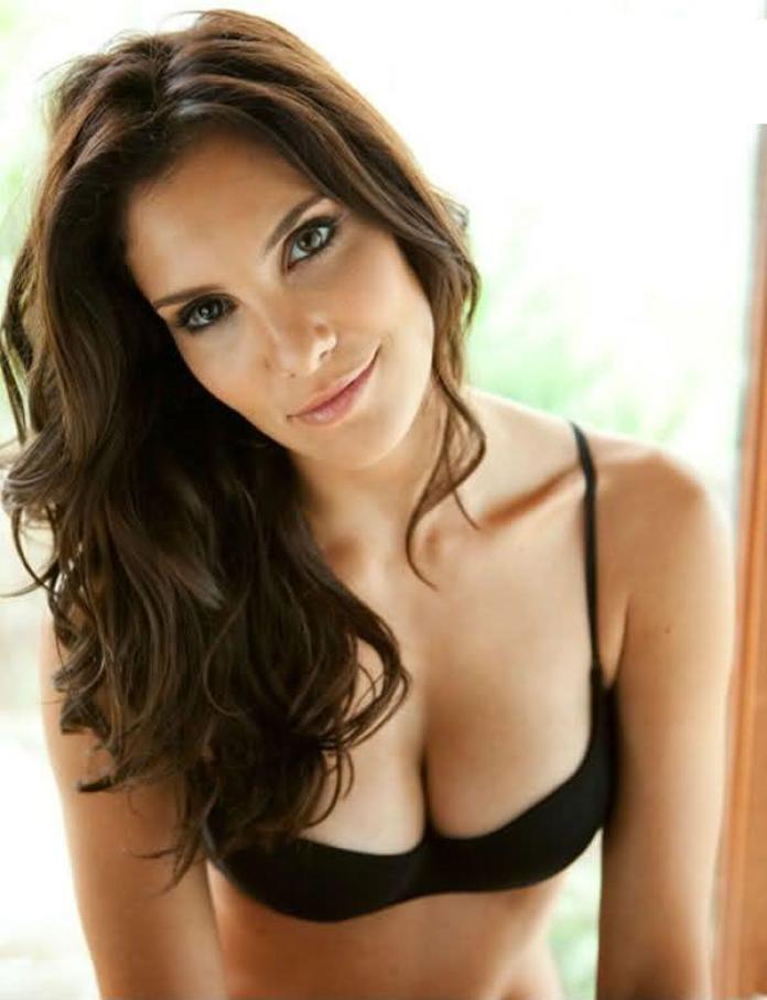 Daniela Ruah sexy