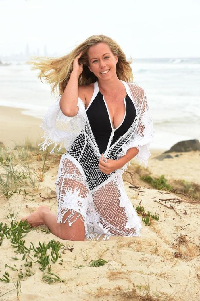 Kendra Wilkinson hot look