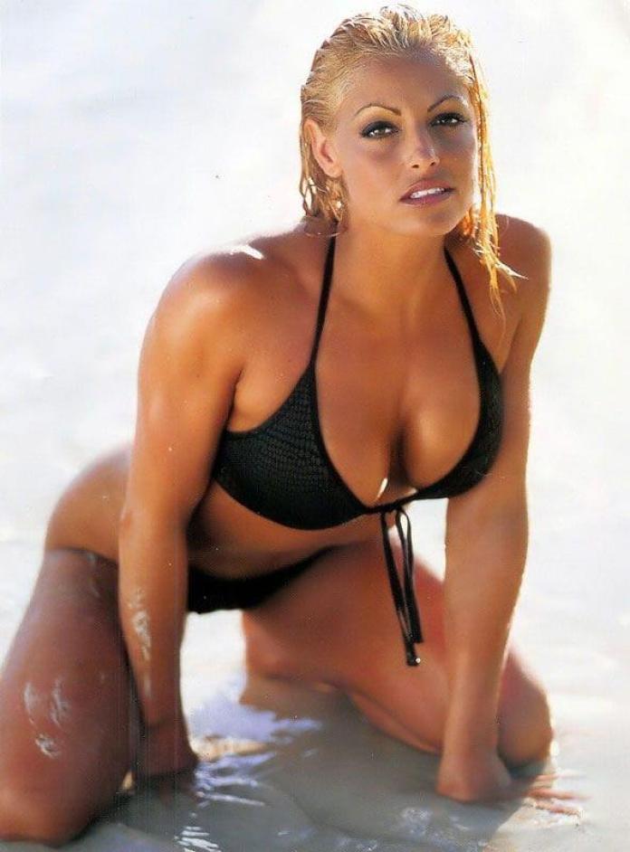 Trish Stratus hot pics
