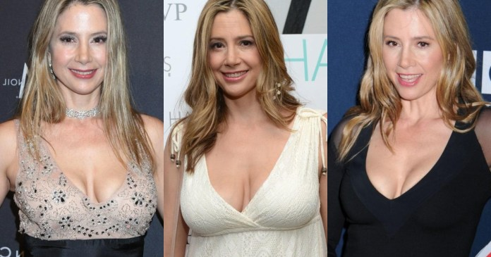 41 Hottest Pictures Of Mira Sorvino
