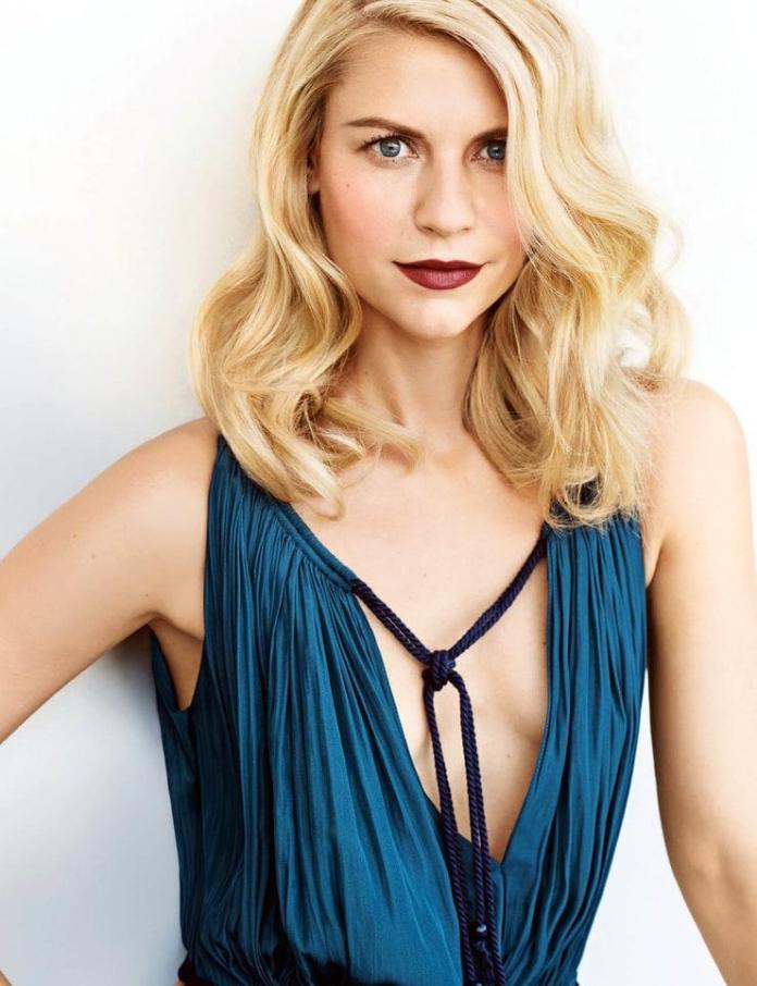 Claire Danes sexy look