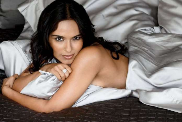 Dilshad Vadsaria sexy pictures