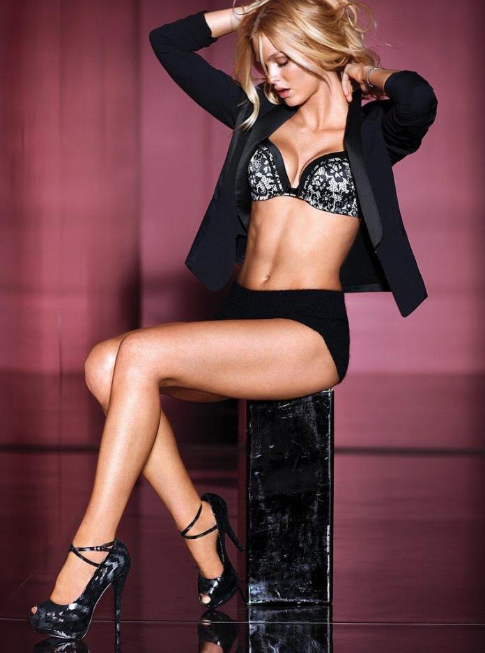 Erin Heatherton sexy look