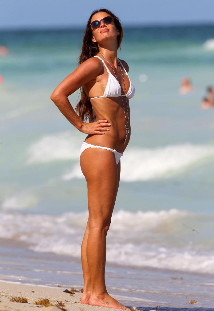 Gabrielle Anwar sexy