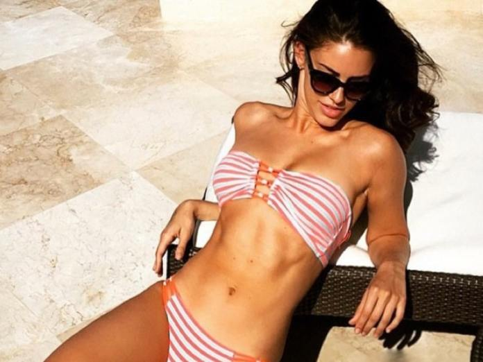 Jessica Lowndes hot pic
