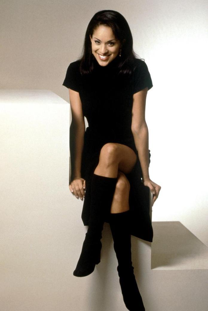 Karyn Parsons sexy