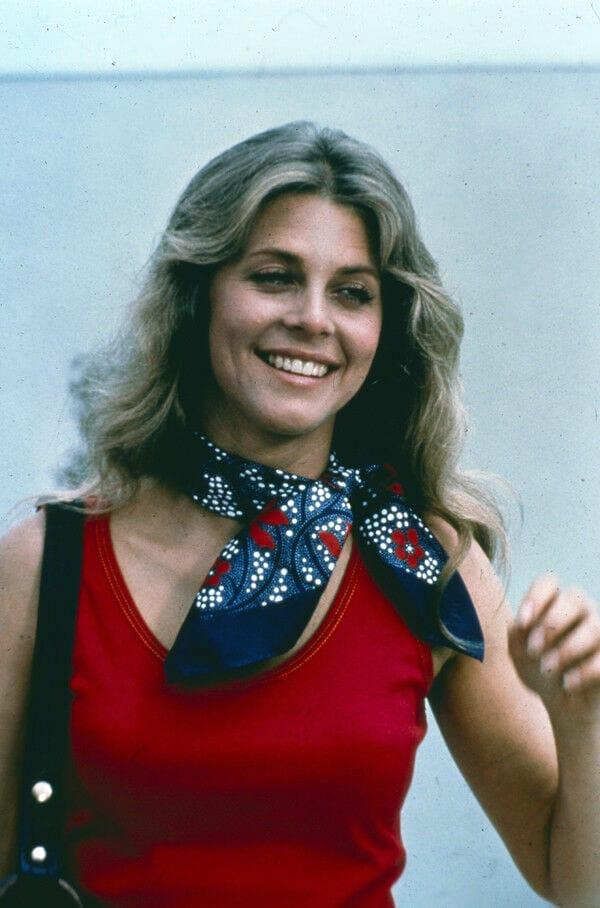 Lindsay Wagner hot look