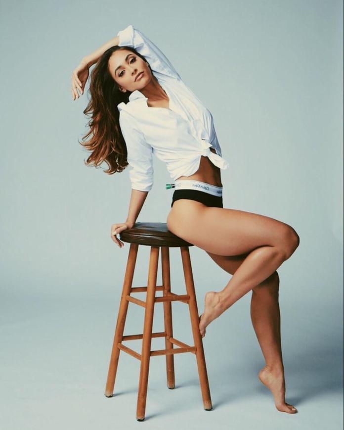 Lindsey Morgan hot pics