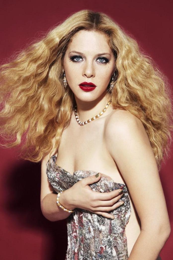 Rachelle Lefevre sexy