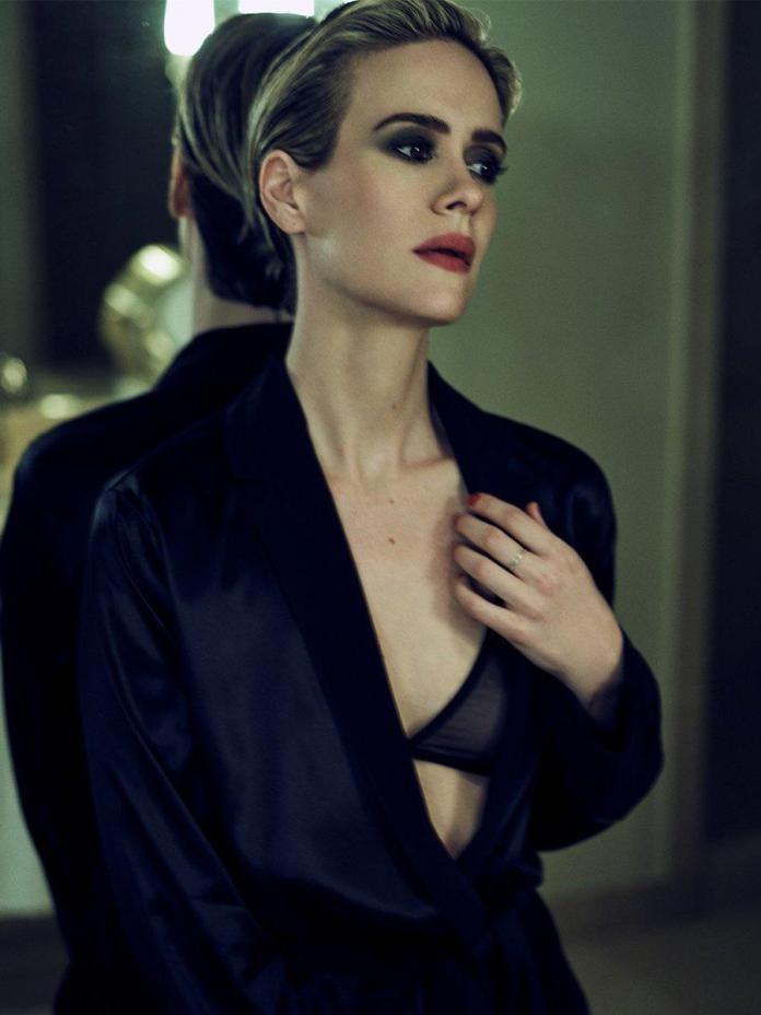 Sarah Paulson sexy pics
