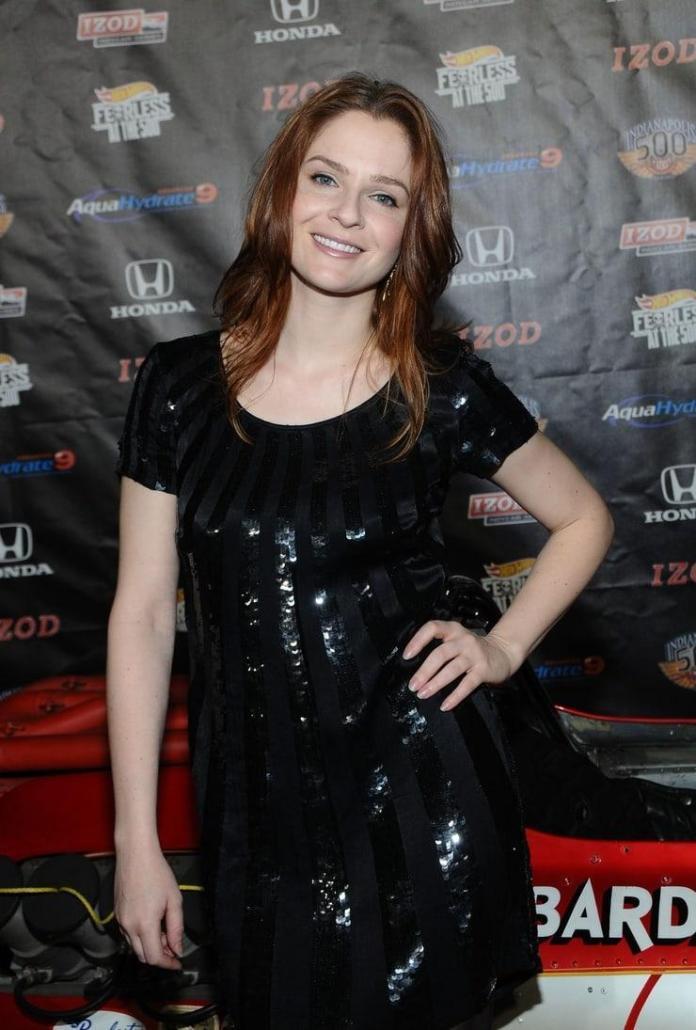 Shannon Lucio hot look