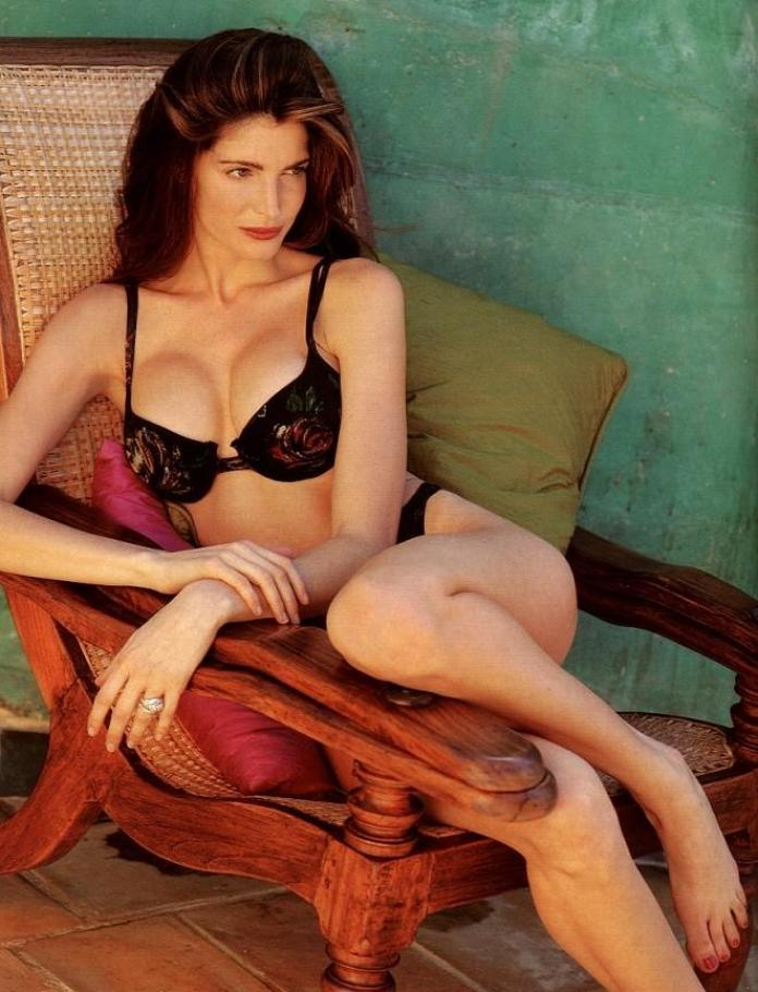 Stephanie Seymour hot look