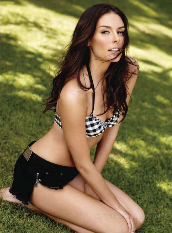 Taylor Cole hot pic