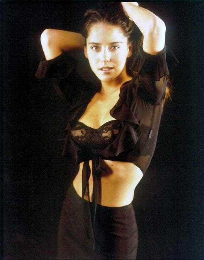 Ana Claudia Talancón sexy look pics (2)