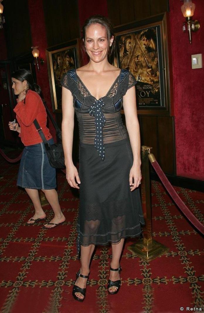 Annabeth Gish sexy look