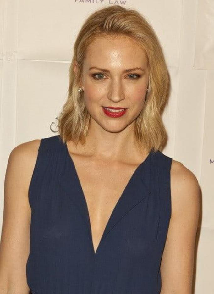 41 Hottest Pictures Of Beth Riesgraf | CBG
