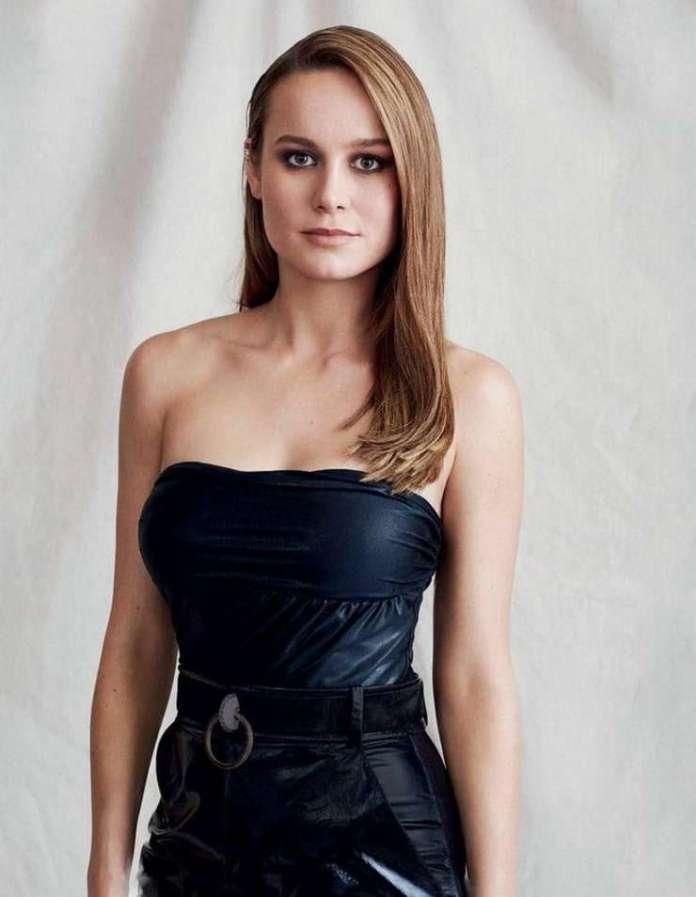 Brie Larson sexy pic